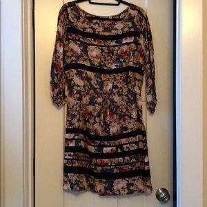 EUC Anthropologie Floral Lace Detail dress, sz M